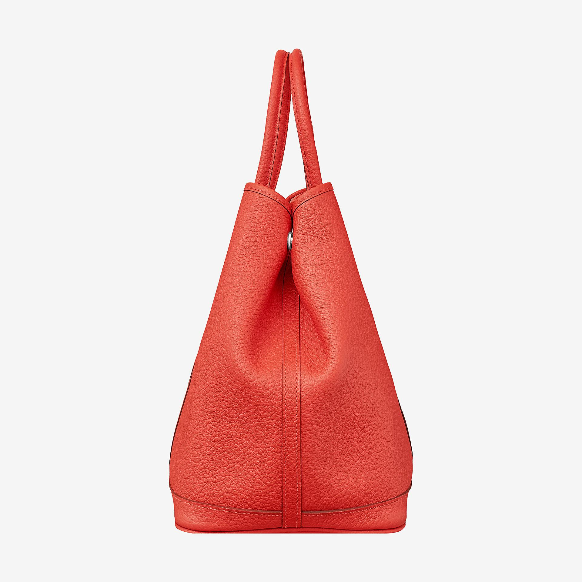 80536a33ac27 Hermes Garden Party 36 bag. Hermes bag in Country cowhide with chevron  canvas lining. Interior pocket. Palladium plated Clou de Selle snap
