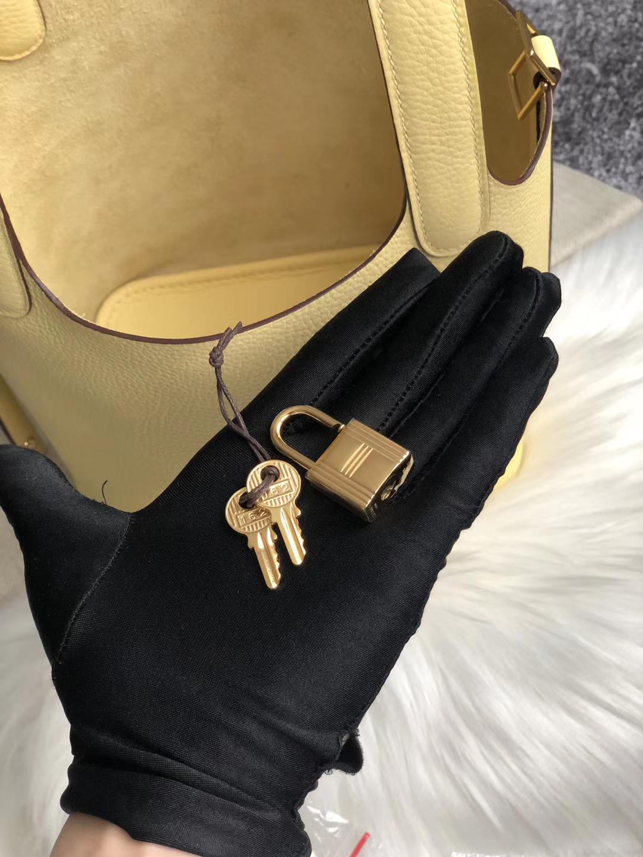 臺中市豐原區愛馬仕菜籃子18價格官網 Hermes Picotin Lock 18cm CK1Z 小雞黃