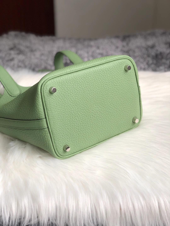 香港九龍城區九龍城 Hong Kong Hermes Picotin Lock 18cm 3I牛油果綠 Vert Criquet