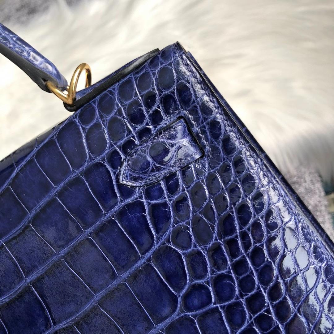 香港中西區山頂盧吉道 愛馬仕凱莉包 Hermes Kelly28cm crocodile M3 Blue Encre 墨水藍