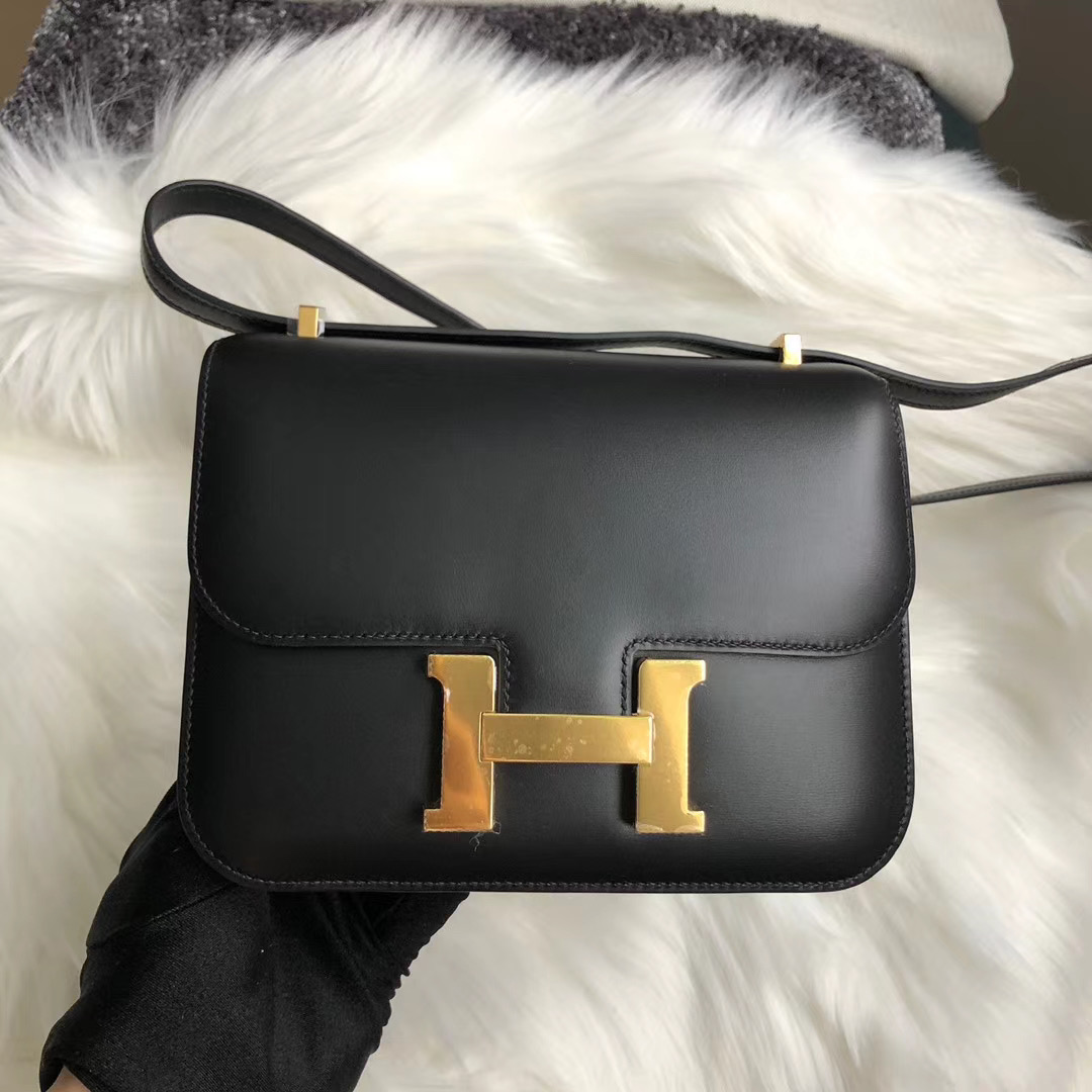新北市瑞芳區 Hermes Constance 19cm BOX CD89 Black gold