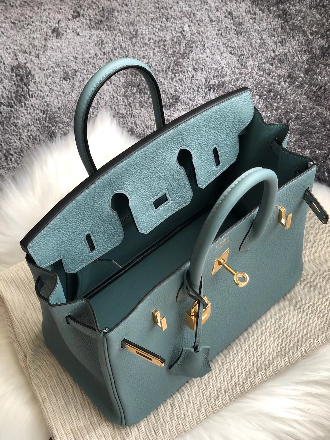 Sai Kung District, Hong Kong Hermes Birkin 25cm Togo 7G Ciel 天青色