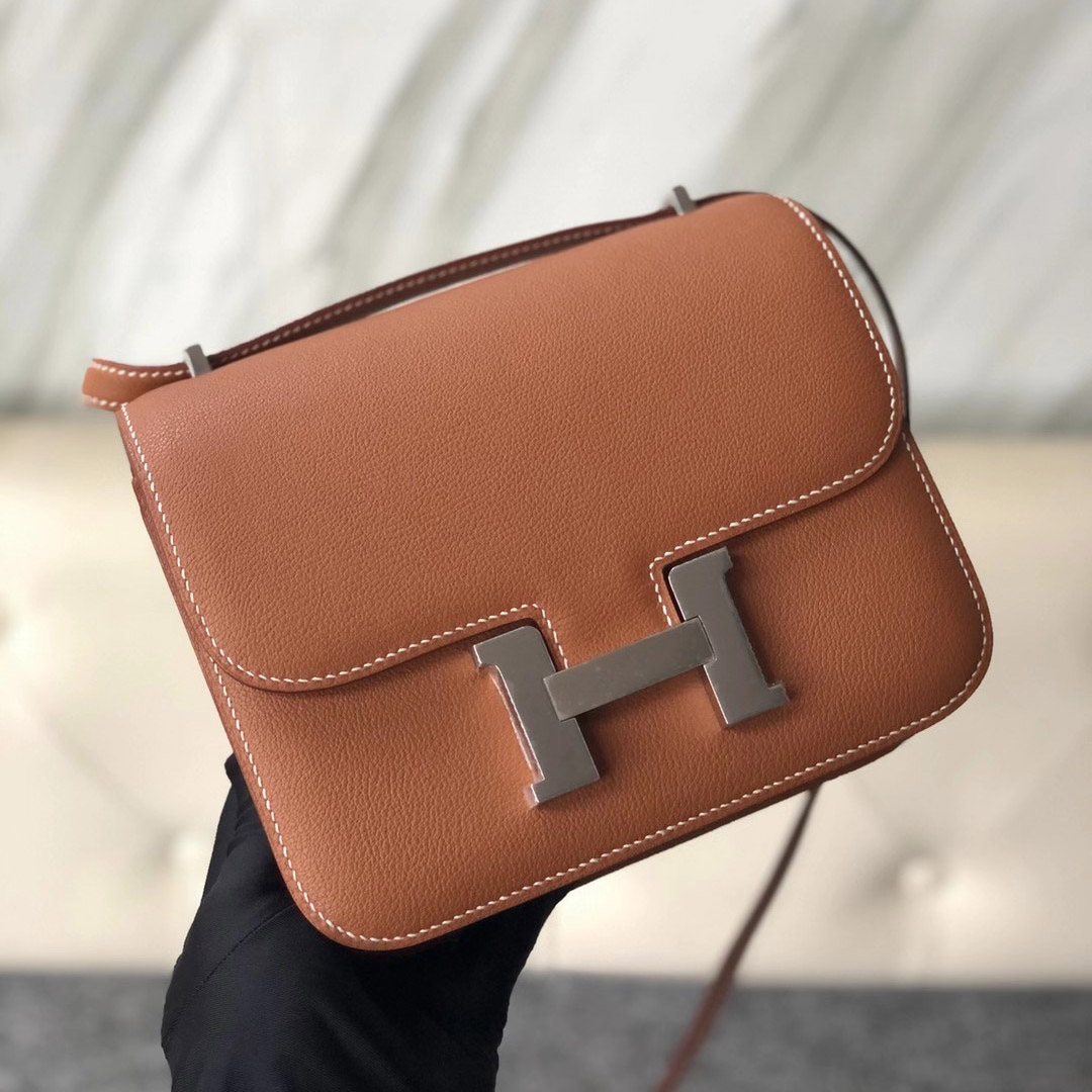 愛馬仕康斯坦斯包價格 Taiwan Hermes Constance 19cm Everycolor 37 Gold 金棕色