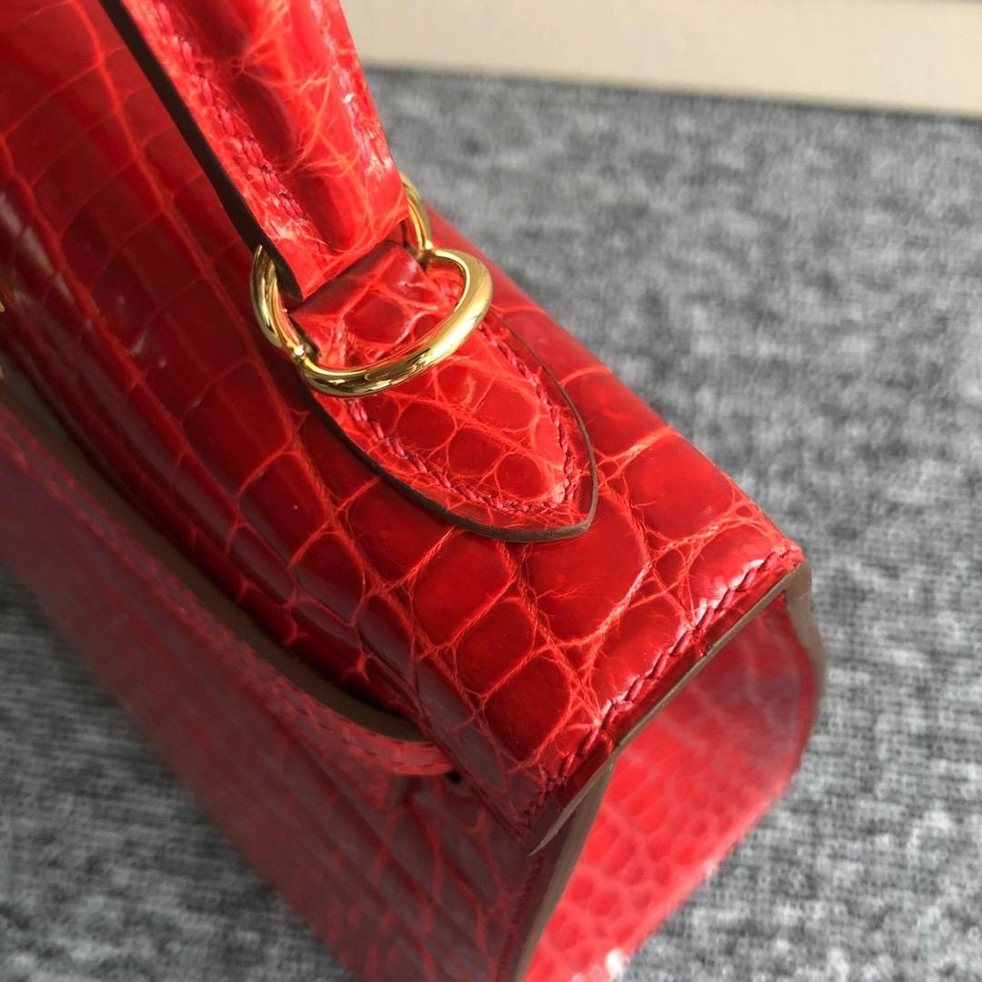 臺灣新北市三重區 Hermes Kelly 25cm 供珠尼羅鱷魚 ck95 Braise 法拉利紅