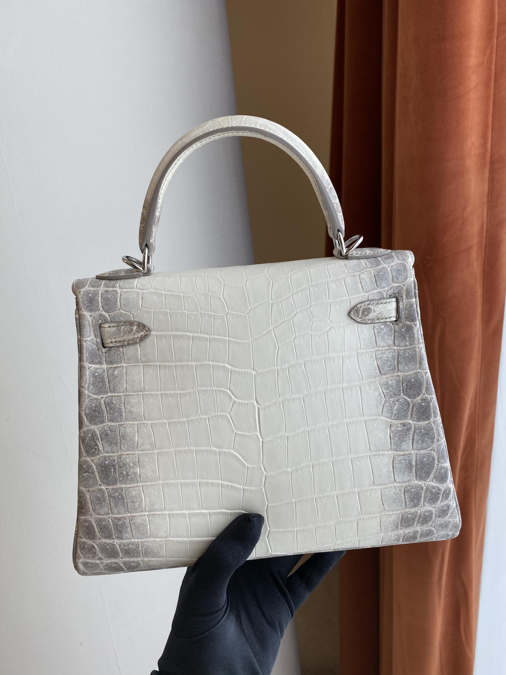 香港南區深水灣 愛馬仕喜馬拉雅凱莉包25寸多少錢 Hermes Kelly 25cm Himalayan White Crocodile