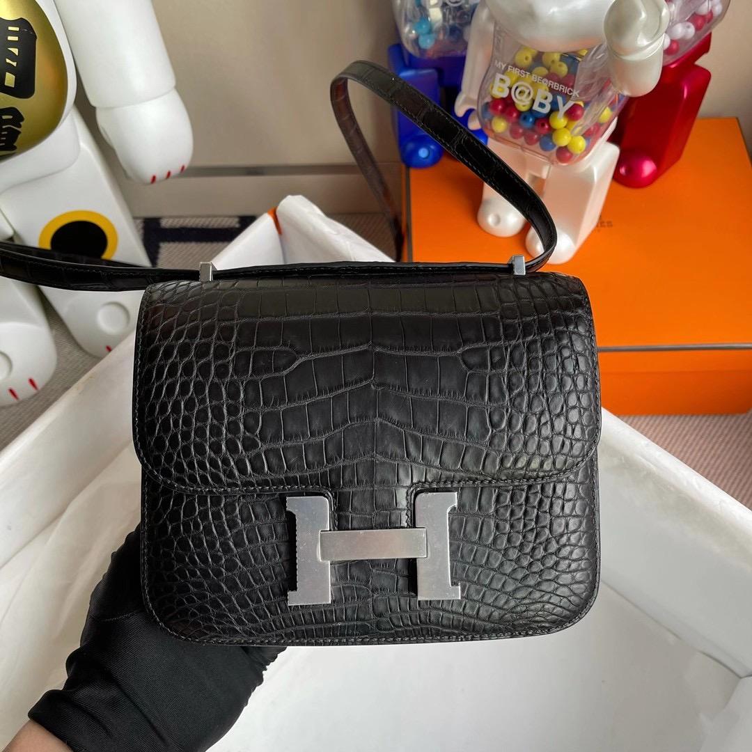 香港東區西河灣 Hermes Constance 19cm 美洲鱷魚CK89 Noir黑色 L3玫瑰紫