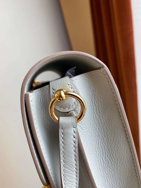 香港灣仔區香港會議展覽中心 Hermes Roulis Mini Evercolor CC80 Gris Pearl 珍珠灰