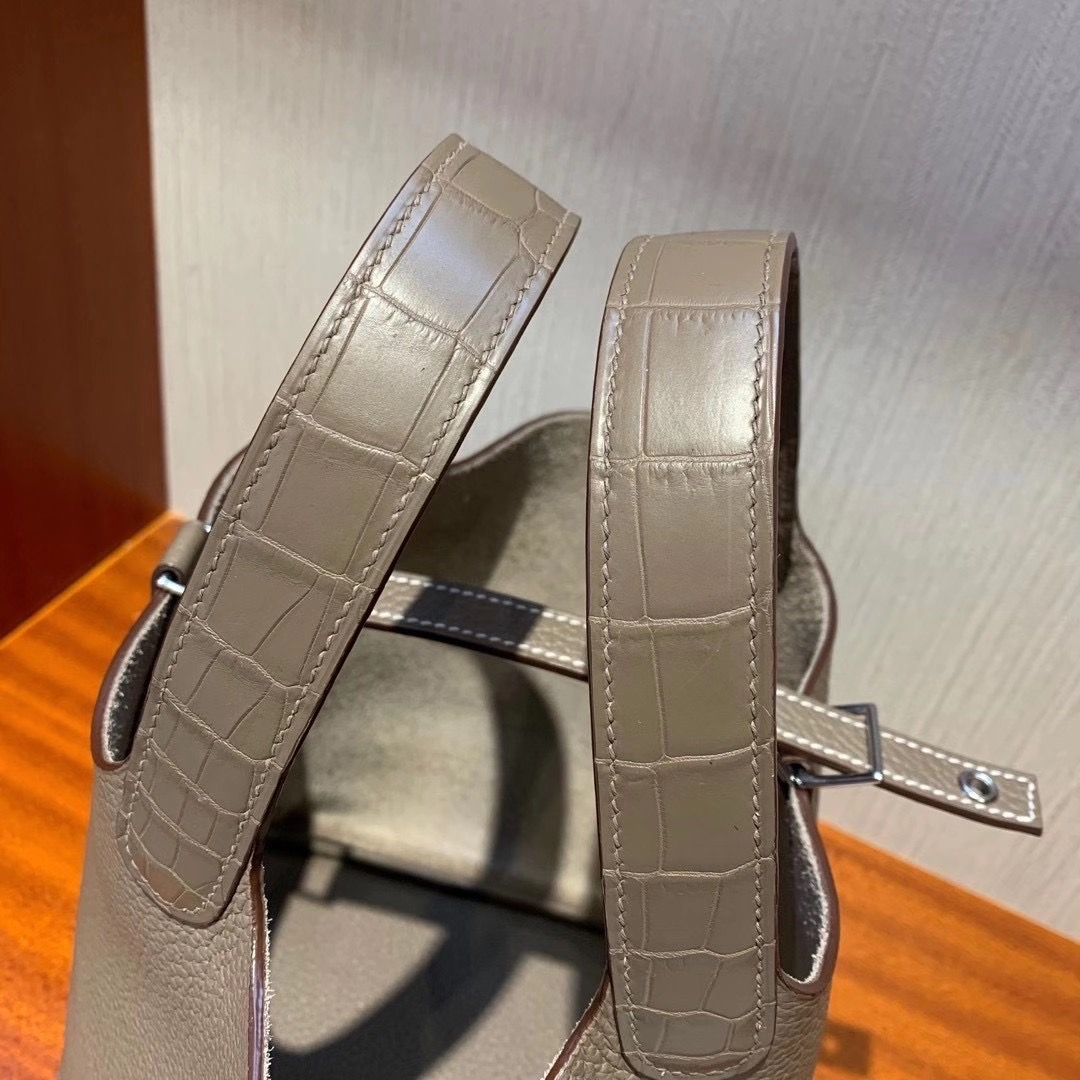 Hermes Picotin 18 Touch taurillon Clemence Matte Alligator Crocodile 18 Etoupe Phw