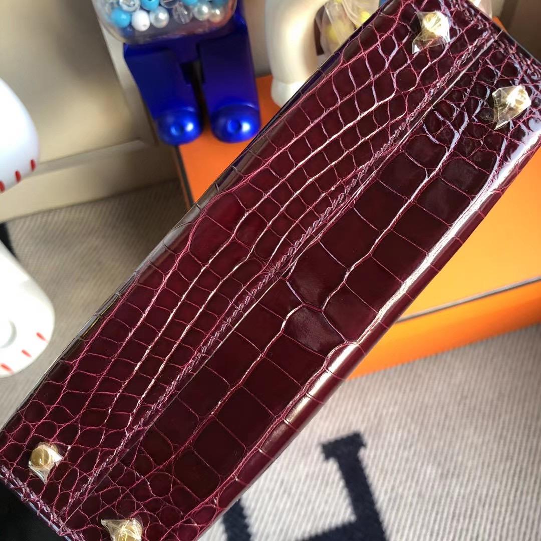 Hermes Kelly Mini Ⅱ 亮面方塊美洲鱷魚 57 波爾多酒紅 Bordeaux 全手工縫製 金扣
