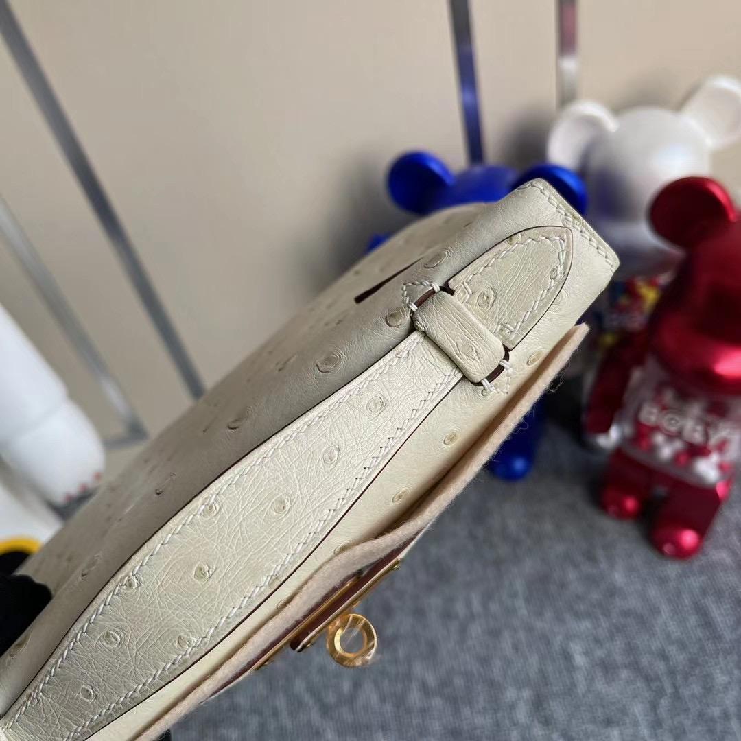 Hermes MiniKelly Pochette Ostrich 3C Parchemin 羊毛白 全手工蜜蠟線縫製 金扣